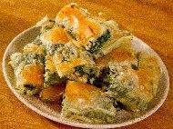 Вита баница от готови одрински кори с лапад, яйца и сирене